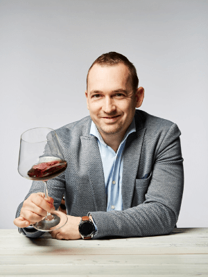 Pintér Zsolt – WineGroup